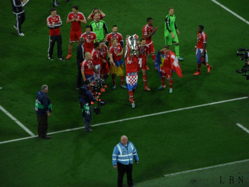 tl_files/gallery_creator_albums/road-to-wembley-cl-finale-2013/SAM_8827.JPG